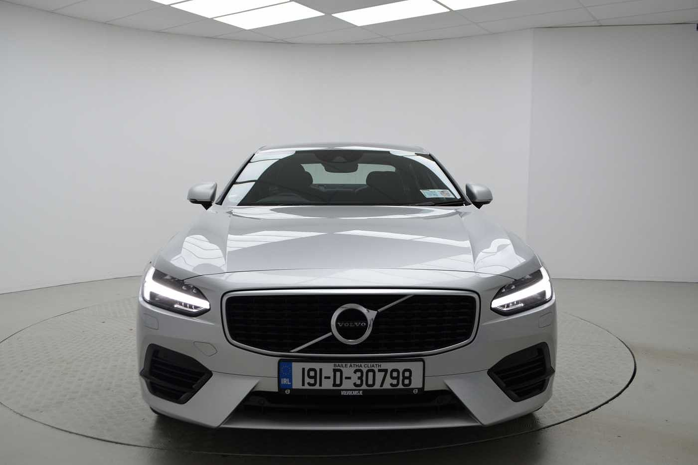 Volvo  T8 Twin Engne R-Design Automatic